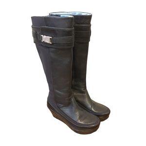 Tsubo Black Wedge Heeled Boots   6